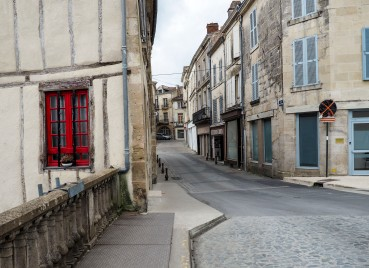 An old cobbled street in Fontenay-le-Comte
