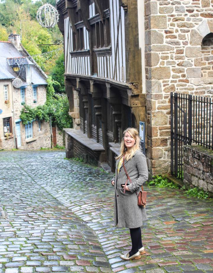 Nicola-in-Dinan,-France