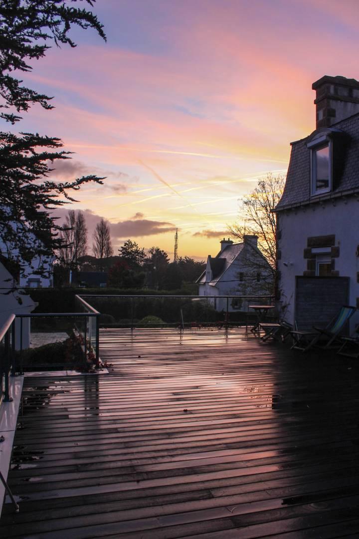 Sunrise-at-Relais-Les-Costans,-Perros-Guirec,-France