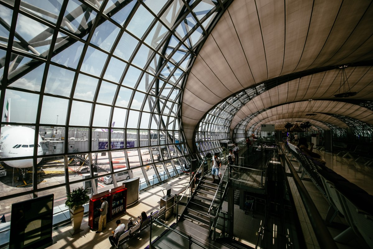 10 reasons to love the airport