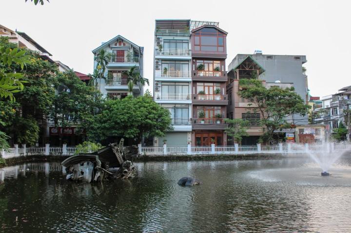 Huu Tiep B52 Lake, Hanoi, Vietnam